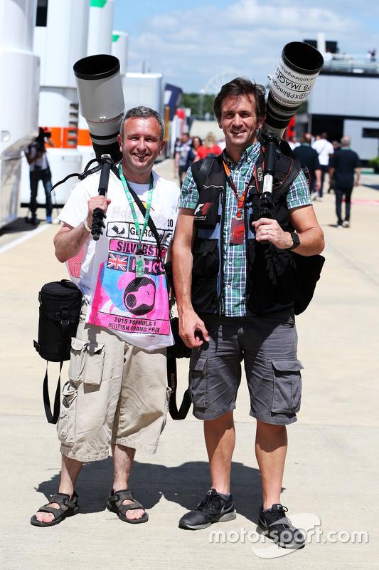 Anthony Rew, Fotografer, dengan Russell Batchelor, Fotografer XPB Images