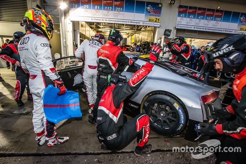 #28 Audi Sport Team WRT, Audi R8 LMS: Christopher Mies, Edward Sandström, Nico Müller, Laurens Vanthoor