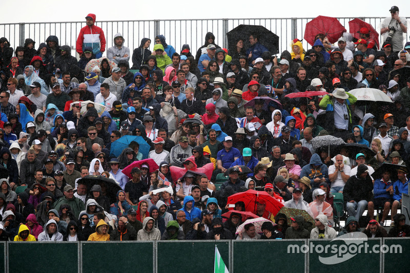 Fans in the rain