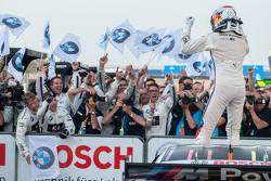 Winnaar Marco Wittmann, BMW Team RMG BMW M4 DTM