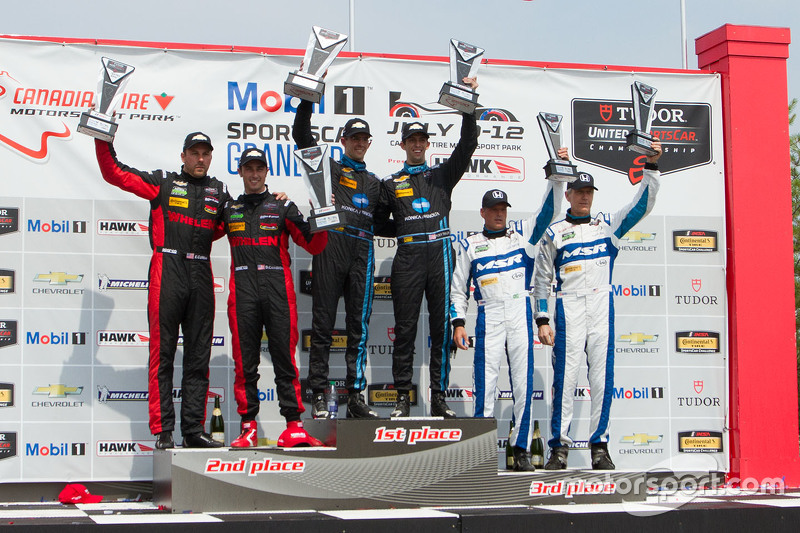 Prototype podium: Race winners #10 Wayne Taylor Racing Corvette DP: Ricky Taylor, Jordan Taylor, sec