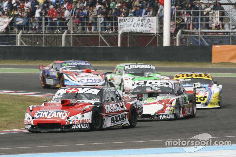 Matias Rossi, Donto Racing Chevrolet, dan Norberto Fontana, Laboritto Jrs Torino, dan Mauricio Lambi