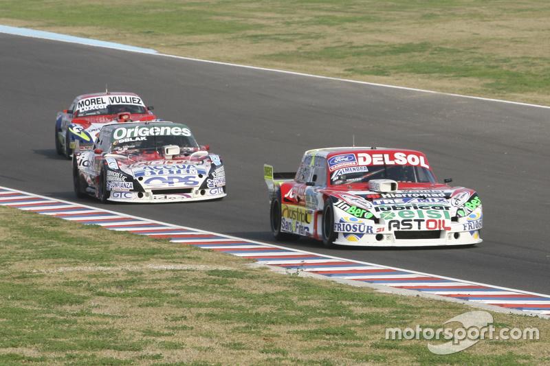 Juan Pablo Gianini, JPG Racing Ford dan Camilo Echevarria, Coiro Dole Racing Torino dan Juan Martin Trucco, JMT Motorsport Dodge