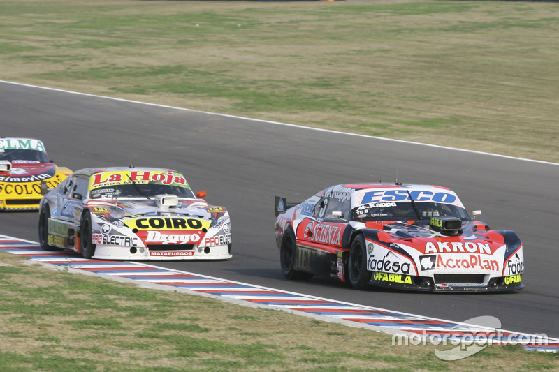 Guillermo Ortelli, JP Racing Chevrolet and Sergio Alaux, Coiro Dole Racing Chevrolet