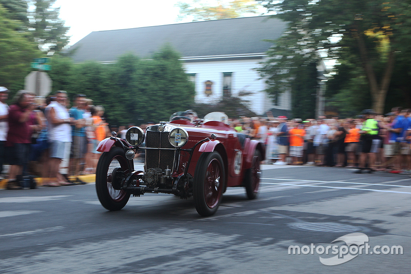 Race cars return to the track after the concours 1933 MG/J2