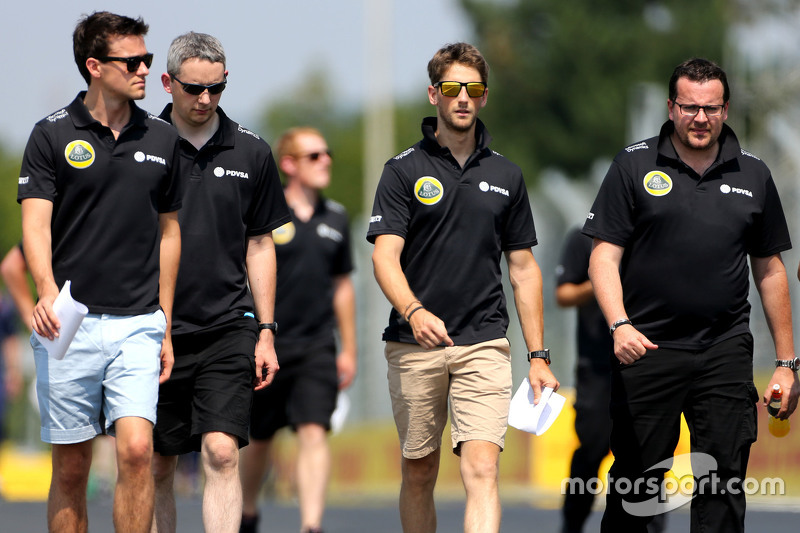 Jolyon Palmer, Lotus F1 Team, Romain Grosjean, Lotus F1 Team and Julien Simon-Chautemps, Romain Gros