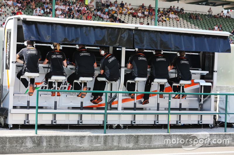 Sahara Force India F1 Team pit gantry