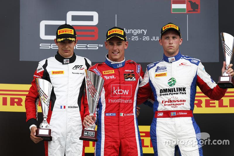 Juara balapan Kevin Ceccon, Arden International, peringkat kedua Esteban Ocon, ART Grand Prix & peri