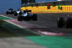 Letrero para Lewis Hamilton, Mercedes AMG F1 W06