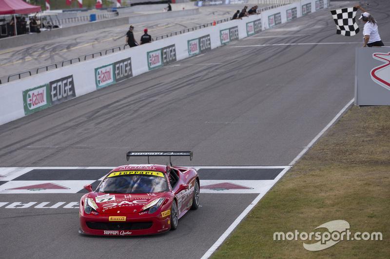 #77 Ferrari Quebec Ferrari 458TP: Emmanuel Anassis merebut kemenangan