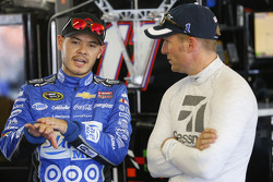 Kyle Larson, Chip Ganassi Racing Chevrolet and Jamie McMurray, Chip Ganassi Racing Chevrolet
