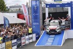 Peringkat ketiga Mads Ostberg, dan Jonas Andersson, Citroën DS3 WRC, Citroën World Rally Team
