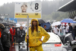 Gridgirl of Christian Vietoris, HWA AG Mercedes-AMG C63 DTM