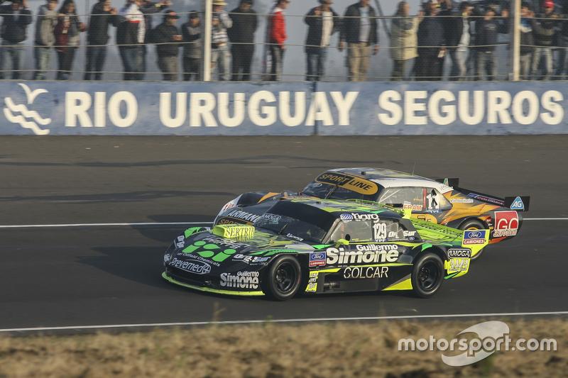 Mauro Giallombardo, Maquin Parts Racing Ford, dan Leonel Pernia, Las Toscas Racing Chevrolet