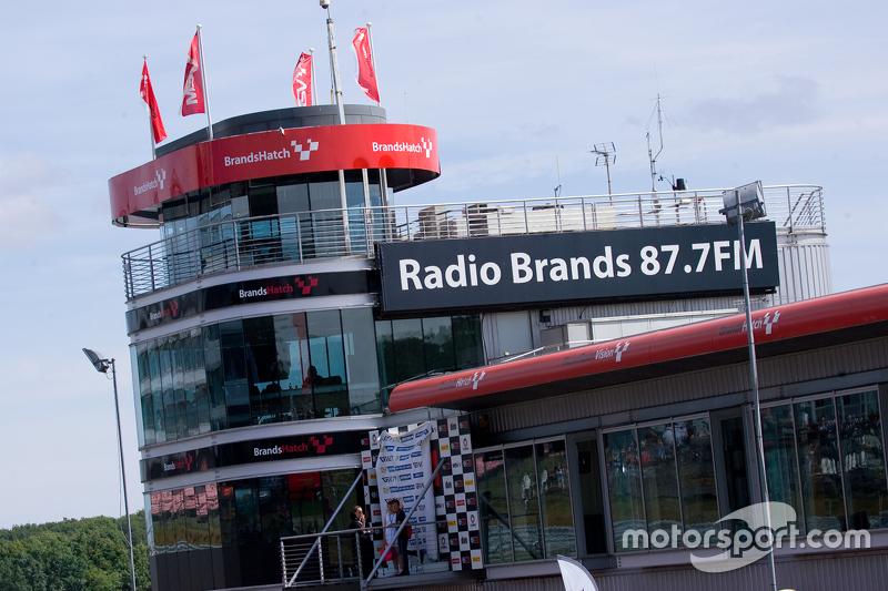 Atmosfer Brands Hatch