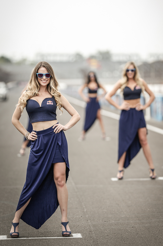 De leuke Red Bull girls