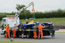 Sébastien Buemi, Renault e.Dams, hat sein Auto auf der Strecke abgestellt