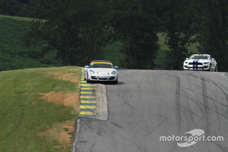 #18 RS1 Porsche Cayman: Dylan Murcott, Gary Browne