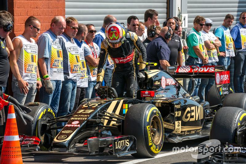 Пастор Мальдонадо, Lotus F1 E23 в закритому парку
