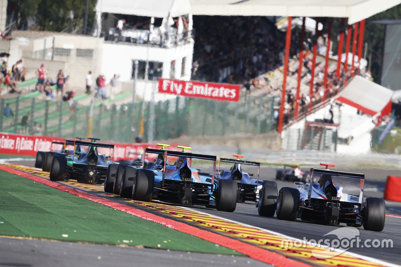 Pal Varhaug, Jenzer Motorsport & Matthew Parry, Koiranen GP