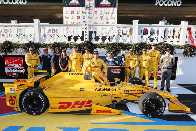 Race winner Ryan Hunter-Reay, Andretti Autosport Honda