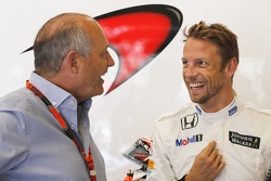 Ron Dennis y Jenson Button, McLaren MP4-30