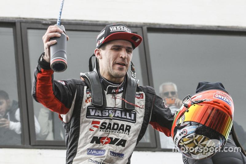 Race winner, Matias Rossi, Donto Racing Chevrolet