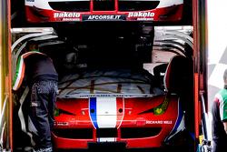 AF Corse mengeluarkan mobil Ferrari
