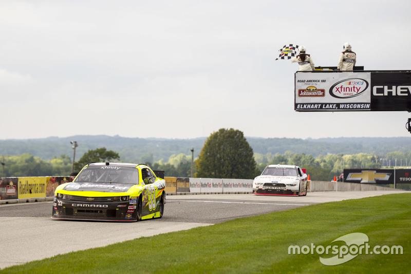 Пол Менард, Річард Чілдресс Racing Chevrolet перемагає