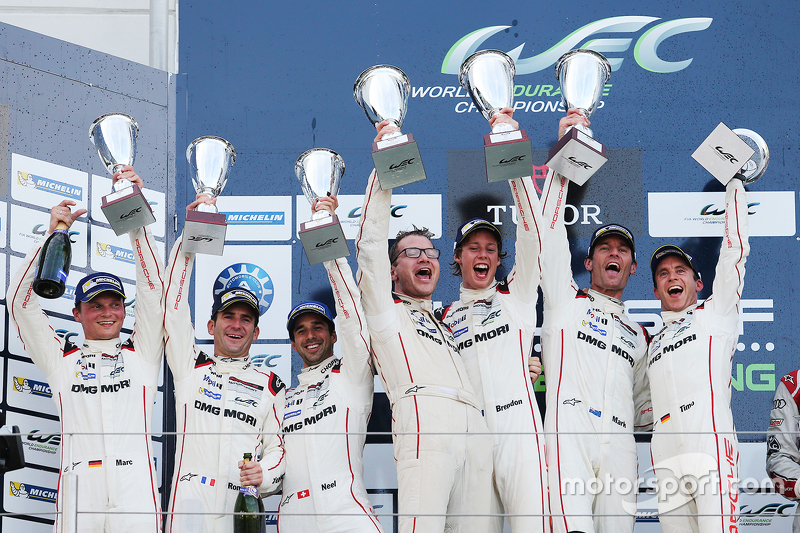 Podium: winners Timo Bernhard, Mark Webber, Brendon Hartley, Porsche Team, second place Romain Dumas