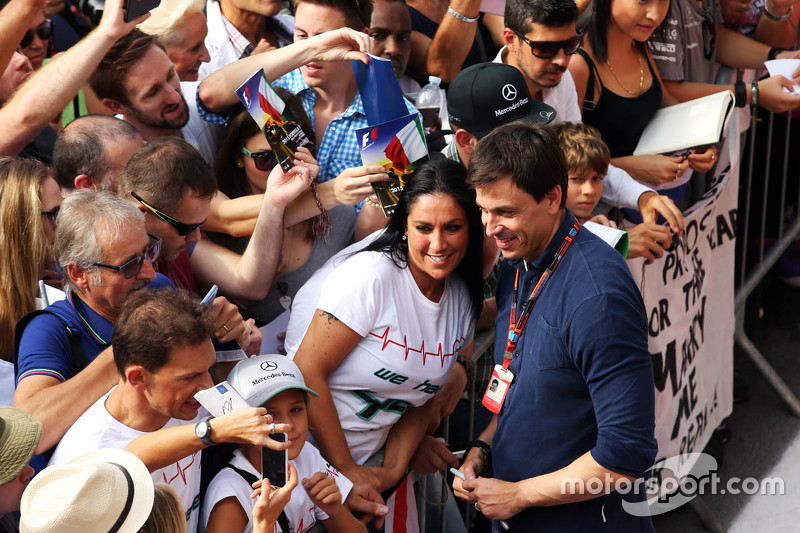 Toto Wolf, Mercedes AMG F1 Shareholder and Executive Director with the fans