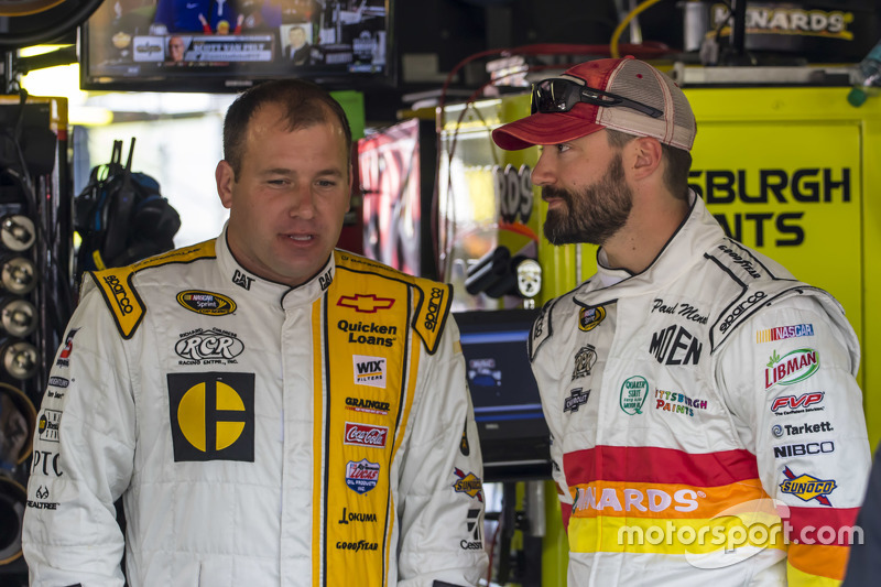 Ryan Newman, Richard Childress Racing Chevrolet and Paul Menard, Richard Childress Racing Chevrolet