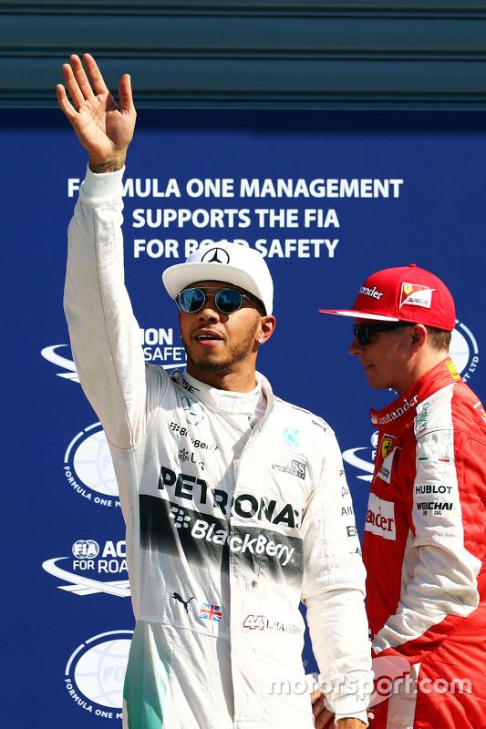 Lewis Hamilton, Mercedes AMG F1 celebra su pole position en parc ferme