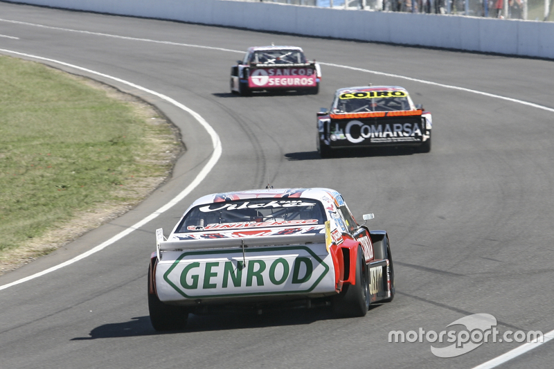 Pedro Gentile, JP Racing Chevrolet and Camilo Echevarria, Coiro Dole Racing Torino and Jose Manuel U