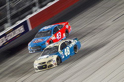 Aric Almirola, Richard Petty Motorsports Ford and Jimmie Johnson, Hendrick Motorsports Chevrolet