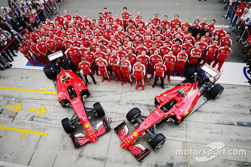 Scuderia Ferrari, Team-Fotoshooting