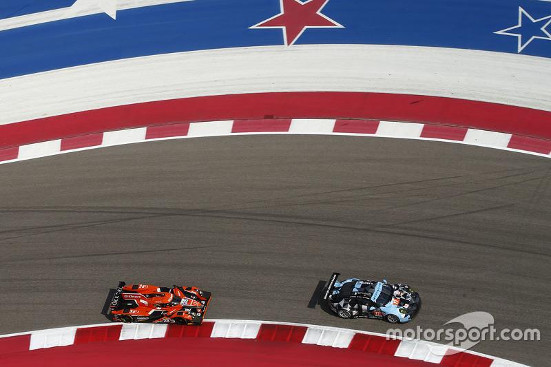 #28 G-Drive Racing Ligier JS P2: Ricardo Gonzalez, Pipo Derani, Gustavo Yacaman; #77 Dempsey Proton