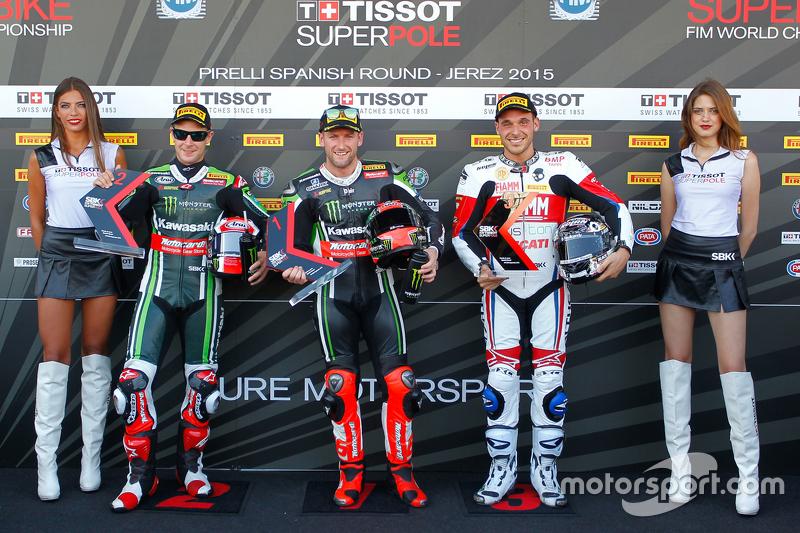 Qualifying: second place Jonathan Rea, Kawasaki, polesitter Tom Sykes, Kawasaki, third place Niccolo Canepa, Althea Racing
