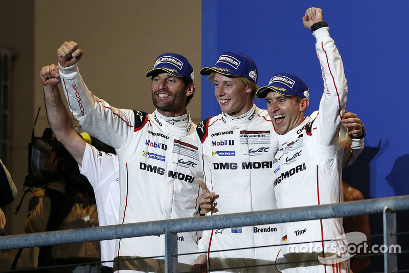 Podium: 1. Timo Bernhard, Mark Webber, Brendon Hartley, Porsche Team
