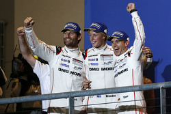 Podium: winners Timo Bernhard, Mark Webber, Brendon Hartley, Porsche Team