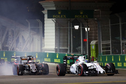 Felipe Massa, Williams FW37 lidera a Nico Hulkenberg, Sahara Force India F1 VJM08