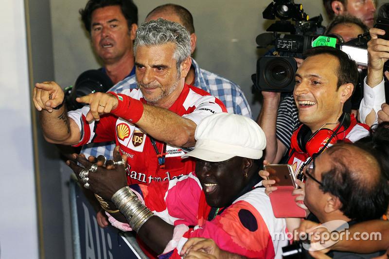 Maurizio Arrivabene, Ferrari director del equipo en el parc ferme