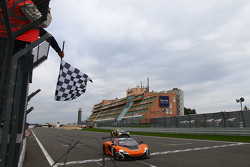 #58 Von Ryan Racing McLaren 650S: Shane van Gisbergen, Rob Bell, Kevin Estre takes the win