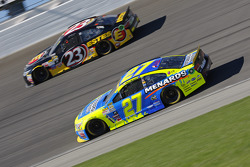 Paul Menard, Richard Childress Racing Chevrolet; Jeb Burton, BK Racing Toyota