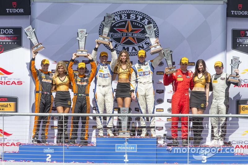 PC подіум: Переможці гонки #54 CORE autosport Oreca FLM09: Джон Беннетт, Колін Браун, друге місце #1