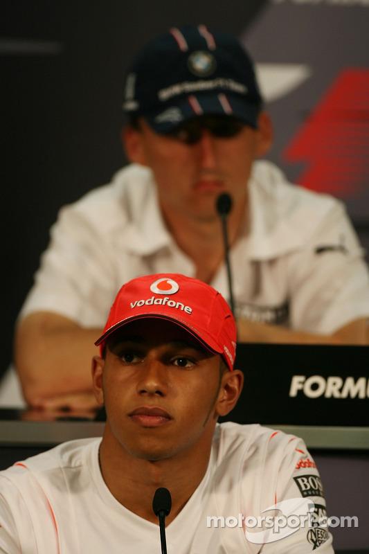 Conferencia de prensa de la FIA: Lewis Hamilton, McLaren Mercedes