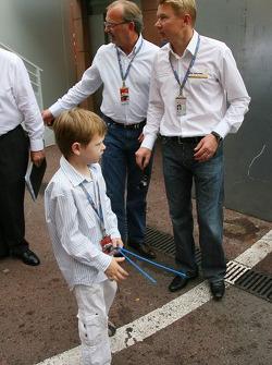 Mika Hakkinen, eski  F1 Dünya Şampiyonu ve Hugo Hakkinen, Son, Mika ve Erja
