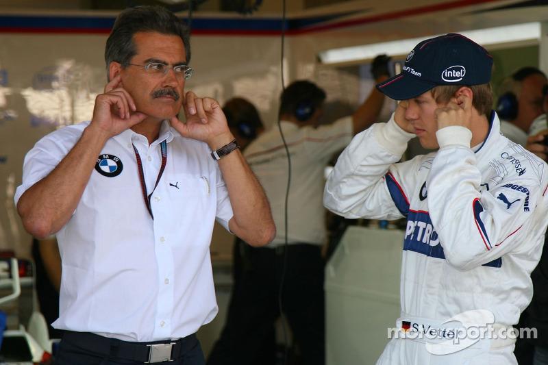 Себастьян Феттель, тест-пілот, BMW Sauber F1 Team, та д-р Маріо Тайсен, BMW Sauber F1 Team, спортивний директор BMW
