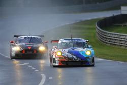 #80 Flying Lizard Motorsport Porsche 997 GT3-RSR: Johannes van Overbeek, Jorg Bergmeister, Seth Neiman