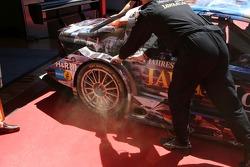Дым от тормозов Пола ди Ресты, Persson Motorsport AMG Mercedes, AMG Mercedes C-Klasse
